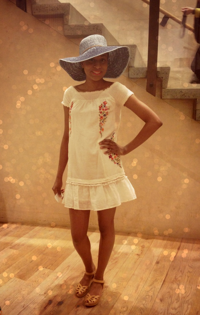 anthropologie+fashion+show+louboutins+and+love+fashion+personal+style+blog+spring+trends+2013+floppy+hat+white+dress+red+lipstick+sandals+trendy.jpg