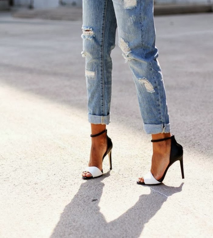 currently+inspired+shoes+Louboutins+and+Love+Fashion+Blog+Esther+Santer+blogger+shoes+heels+black+white+purse+bag+fashionista+trendy+coat+neutral+camel+leather+jeans+distressed+nude+pointy+toe+red+blue+leggings+pants+Valentino+gold+studs+woman+pretty.jpg