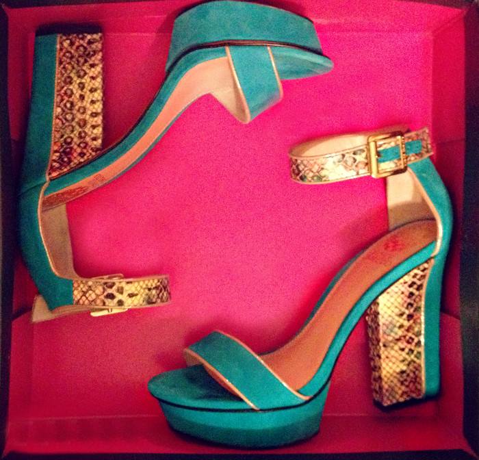 louboutins+and+love+vince+camuto+shoes+heels+obsession+python+snakeskin+buckle+turquoise+sandals+spring+2013+trends+summer+shoebox+art.png