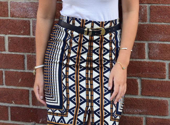 Printed Skirt White Tee Topshop Louboutins & Love Fashion Blog Esther Santer Style Blogger NYC New York Vintage Navy Blue Belt Bracelet Jewelry Gold V-Neck Outfit OOTD Girl Women Inspiration Photoshoot Inspo Street Style Mules Rayban Aviators Shoes.jpg