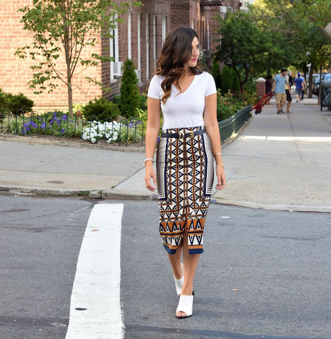 Printed Skirt White Tee Topshop Louboutins & Love Fashion Blog Esther Santer Style Blogger NYC Shoes Shop Vintage Navy Blue Belt Bracelet Jewelry Gold V-Neck Outfit OOTD Girl Women Inspiration Model Walk Mules Hair Street Style Inspo RayBan Aviators.jpg