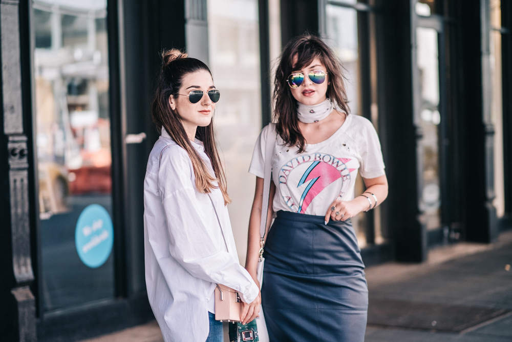 Photoshoot Collab With Lexicon Of Style How To Make Blogger Friends Louboutins & Love Fashion Blog Esther Santer NYC Street Style Blogger Outfit OOTD Trendy Oversized White Dress Shirt Patches Ripped Jeans Denim Scarf Heels Wedges Zara Sunglasses Bag.jpg