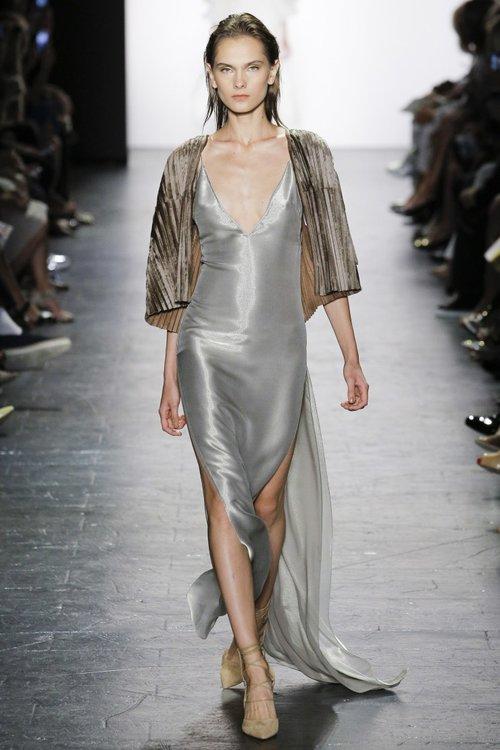 Dennis Basso Fashion Show Spring/Summer 2017 — Esther Santer