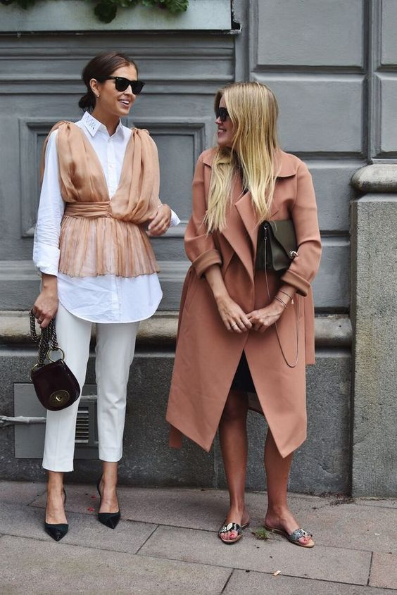 Louboutins & Love Fashion Blog Esther Santer Street Style Chic Fall Looks Cool Leather Brown Neutrals Hat Crossbody Bag Sunglasses Blonde Creame Zipper Women Lady Girl Cute Duster Coat.jpg