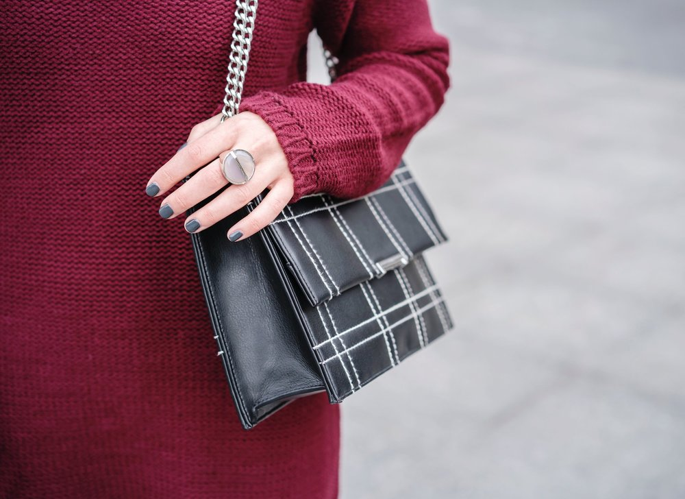 Maroon Sweater Dress OTK Boots My Biggest Blogging Mistake Esther Santer Fashion Blog NYC Street Style Blogger Outfit OOTD Trendy Red Girl Women Sunglasses RayBan Aviators Shopping Wearing Zara Casual Inspo Photoshoot New York City Bag Grid Purse Hair.JPG