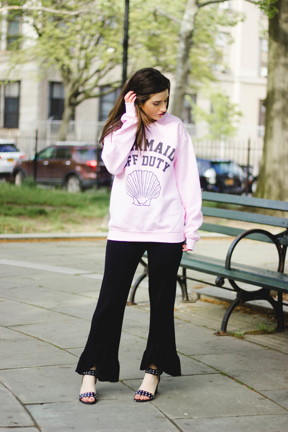 Mermaid Off Duty Sweatshirt Why I Unfollowed My Favorite Bloggers Esther Santer Fashion Blog NYC Street Style Blogger Outfit OOTD Trendy Ruffle Pants Studded Black Sandals Summer  Spring Flowers Pink Girly Women Hair Zara Feminine Wear Shopping Buy.jpg