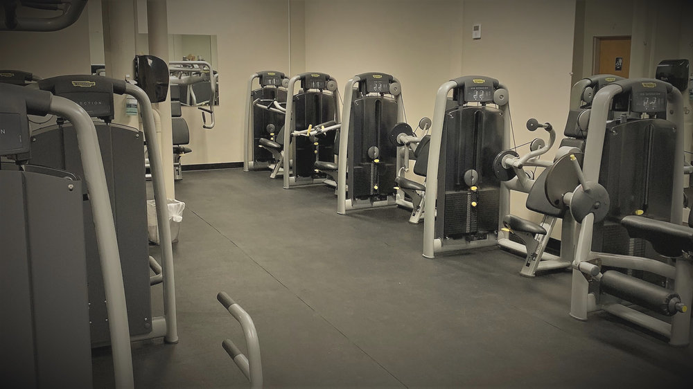 Complimentary Fitness - Enjoy tenant-exclusive access and on-site convenience.