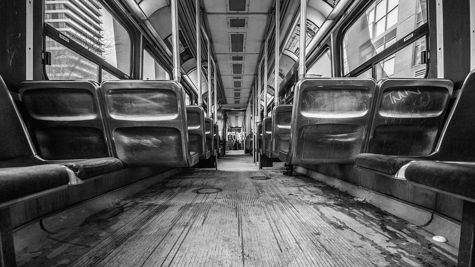 bus-1209153_960_720.jpg