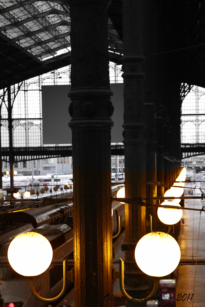 001_Gare-du-Nord-Paris_12232011.jpg