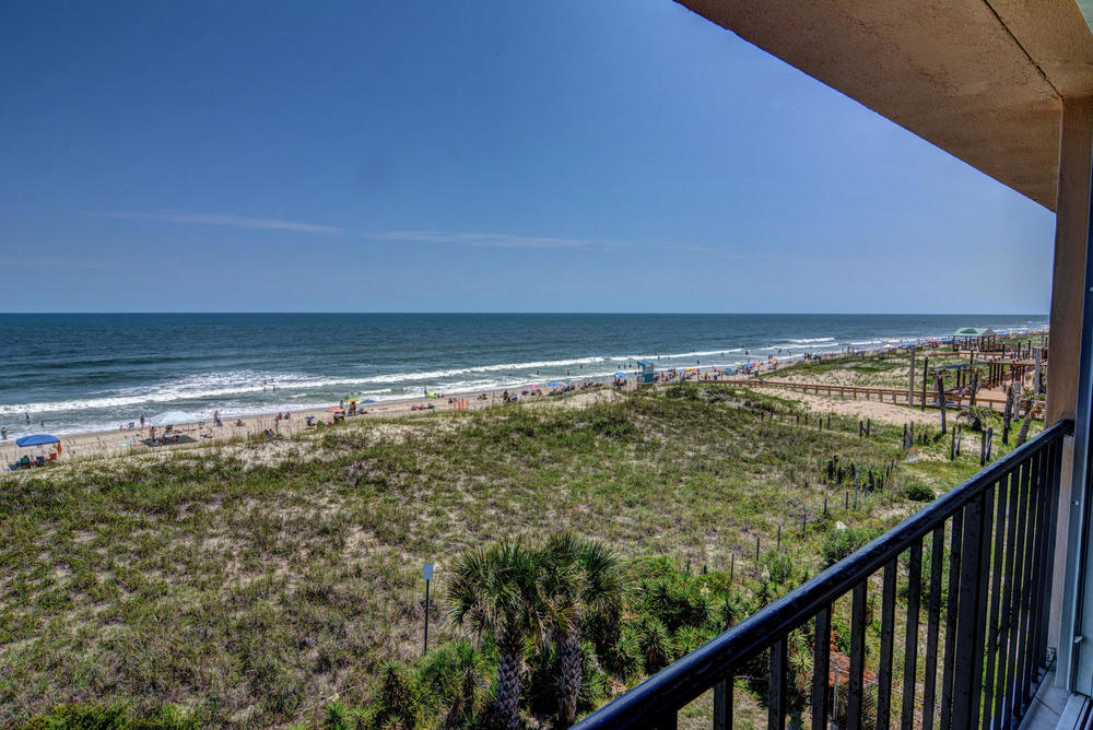 222 Carolina Beach Ave N Unit-large-015-10-DSC 0106 7 8-1499x1000-72dpi.jpg