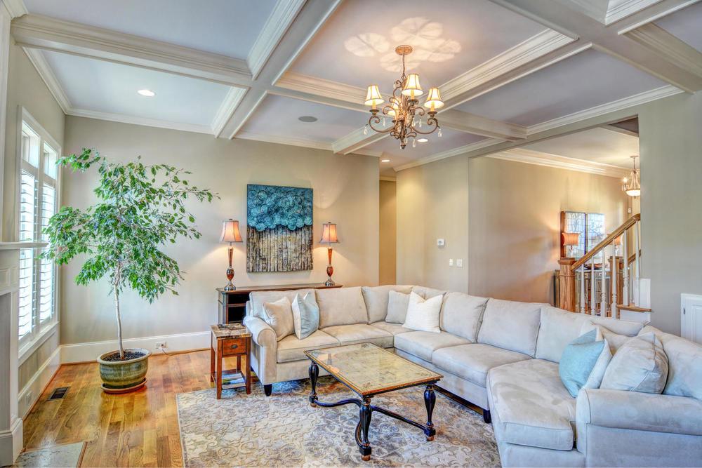 5420 Andrews Reach Loop-large-013-22-Living Room-1499x1000-72dpi.jpg
