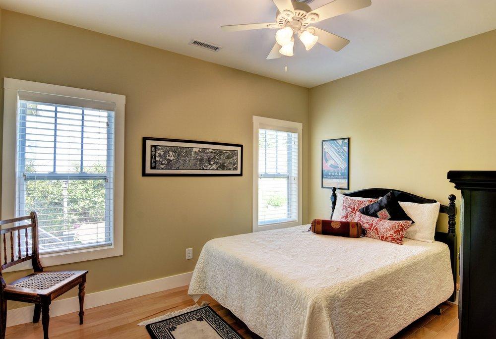 319 Hughes Cir Wilmington NC-print-015-24-Guest Bedroom Down-4200x2872-300dpi.jpg