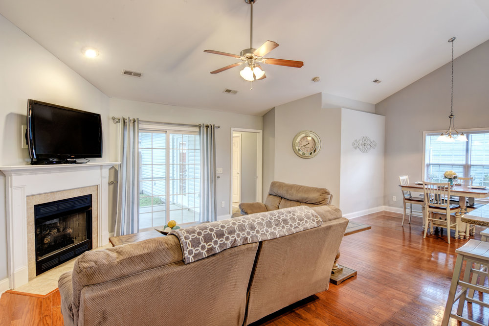5083 Northgate Dr Leland NC-print-003-4-Living Room-4200x2797-300dpi.jpg