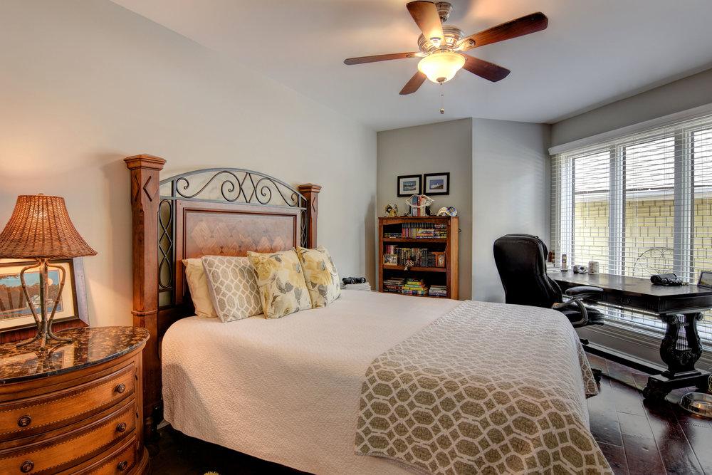 5308 Villa Ct Wilmington NC-print-022-26-DSC 6956 7 8-4200x2801-300dpi.jpg