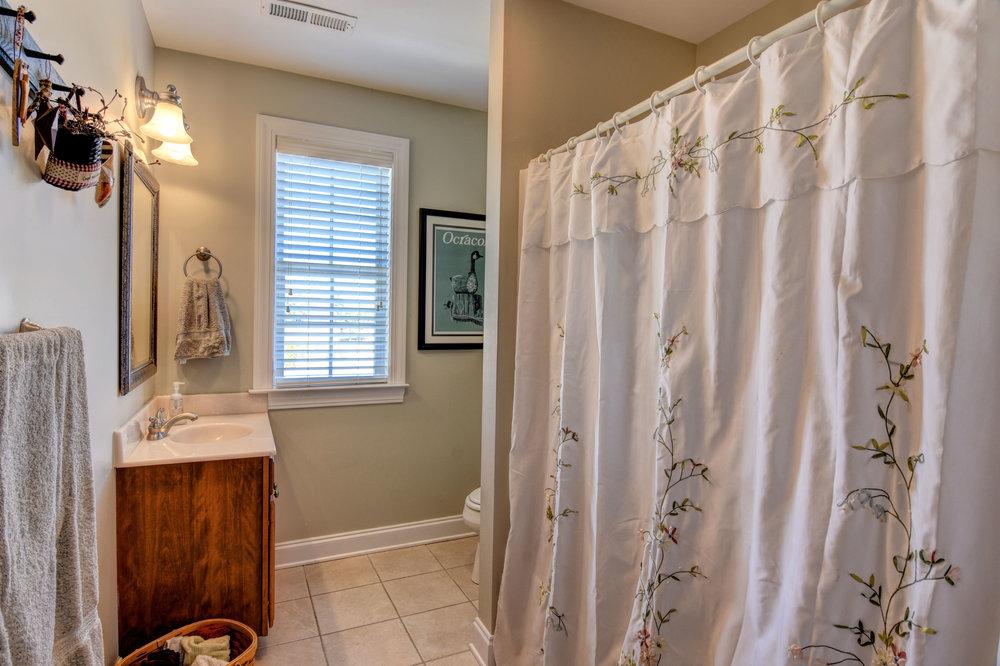 1207 Grandiflora Dr Leland NC-print-024-20-Bonus Room Full Bathroom-4200x2797-300dpi.jpg