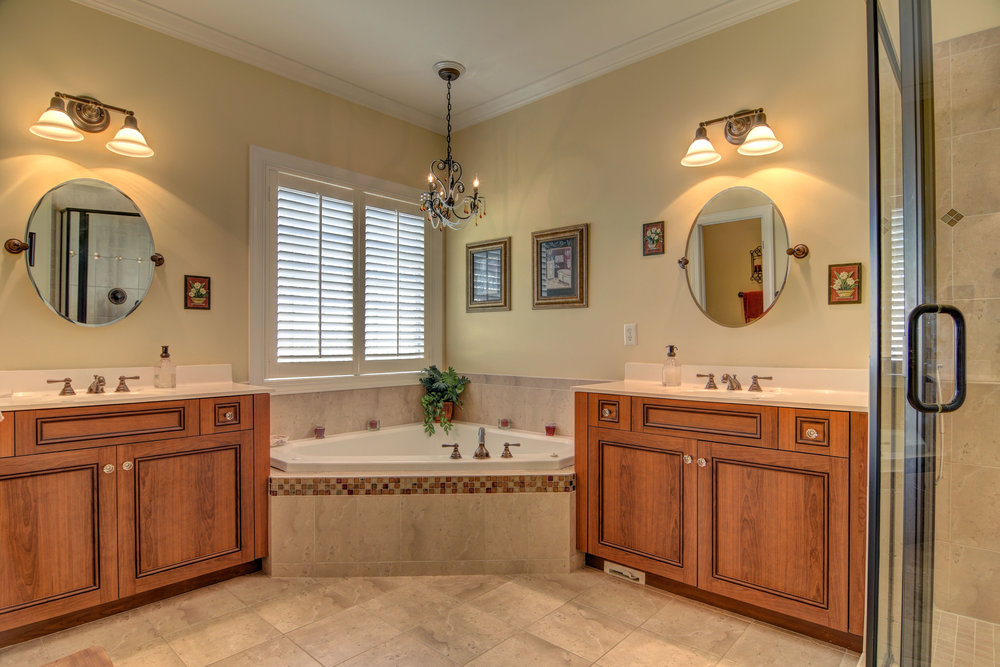 2114 Bay Colony Ln Wilmington-print-016-12-Master Bathroom-4200x2803-300dpi.jpg