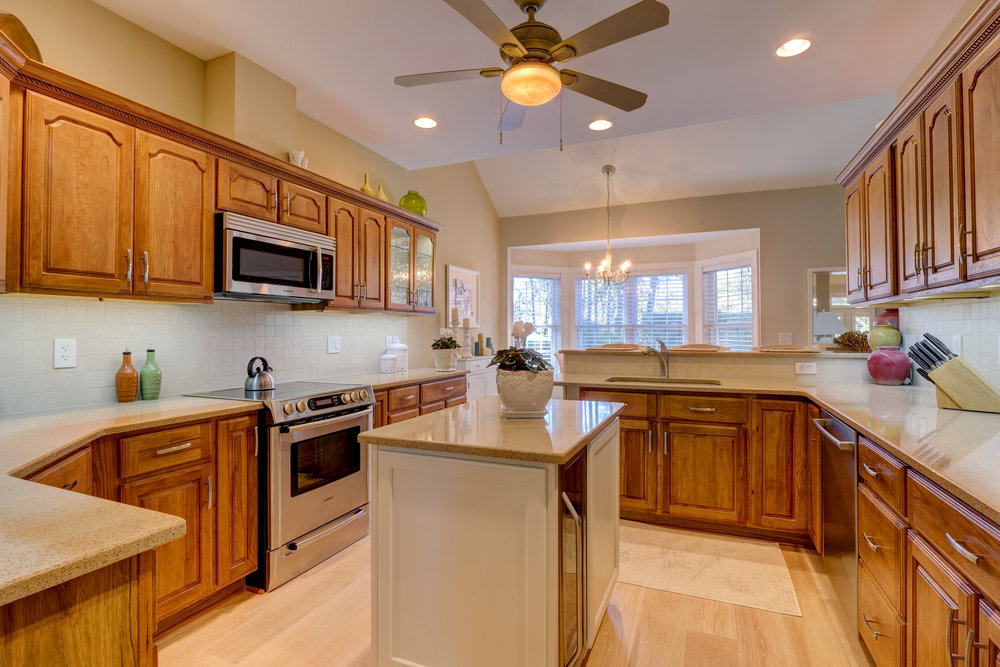 509 N Shore Dr Sneads Ferry NC-print-019-25-Kitchen-4200x2801-300dpi.jpg