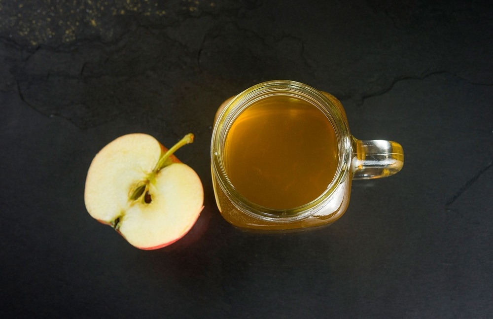 apples-honey-raw-dog-food.jpg