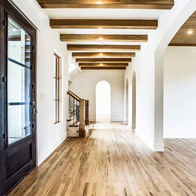 Ever dream of opening your front door to a sprawling entry? Come see what we are building in @parksofaledo! Phase 2 is here!