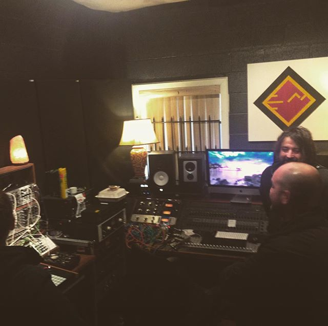 Hangin at Mike from @cinemechanicaofficial 's studio @mikespressomachine in Athens....very rad