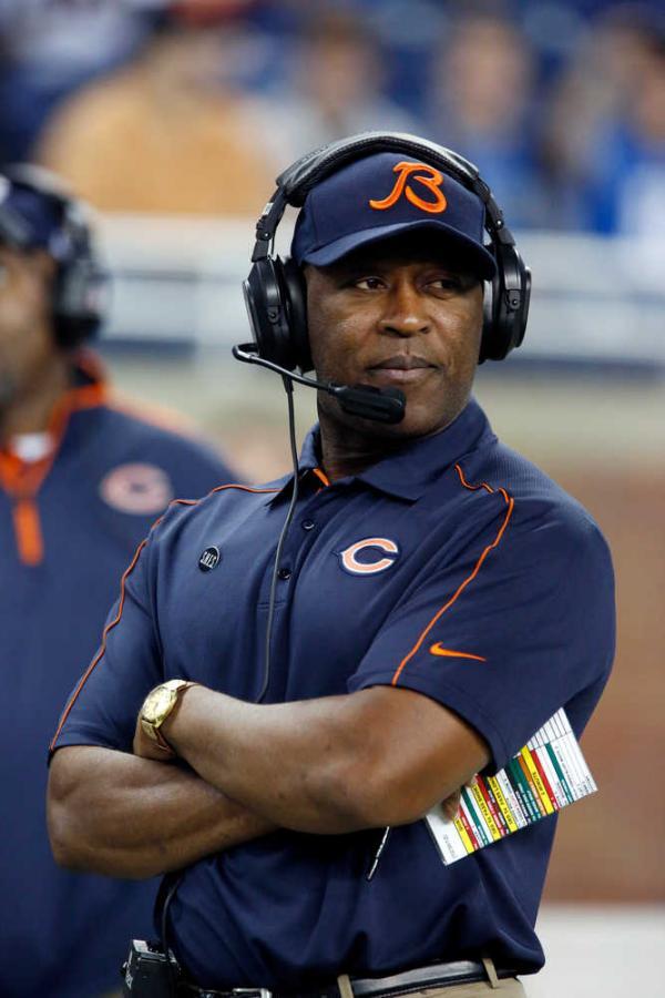 coach lovie.jpg