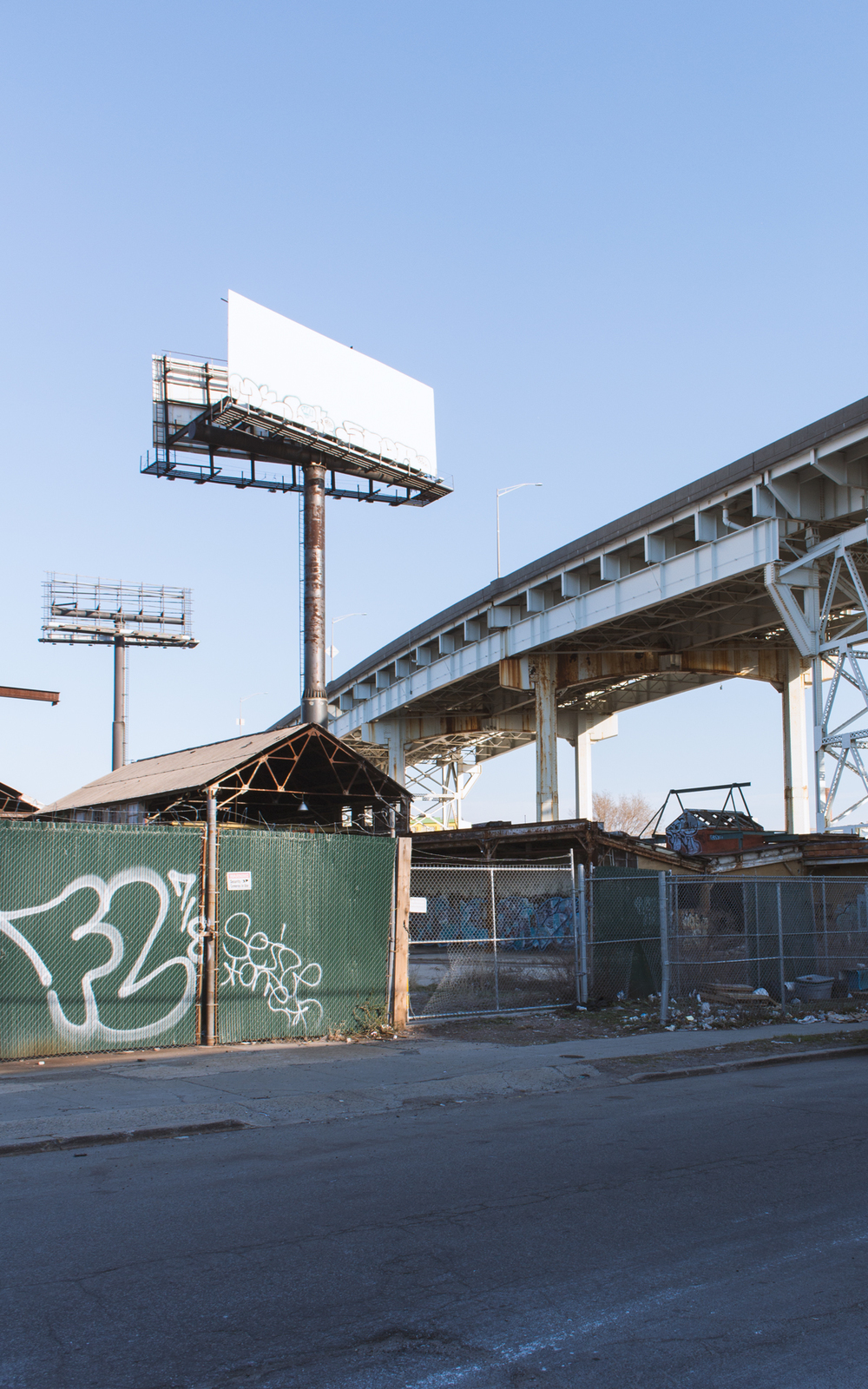 April.18.2015  | Empty billboards and freeway in Long Island City