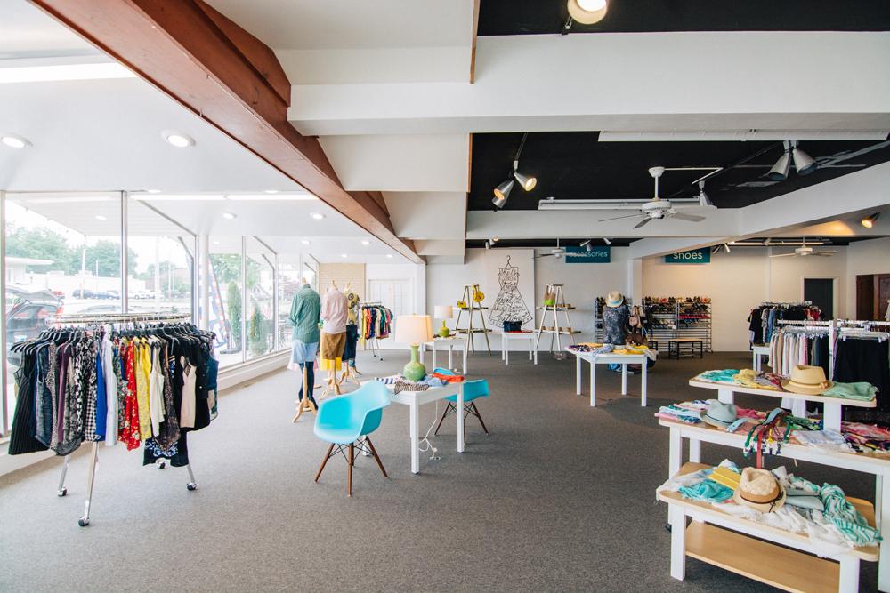 127-Clothing-Store-28.jpg