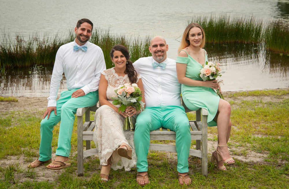 #vineyardvines The wedding party
