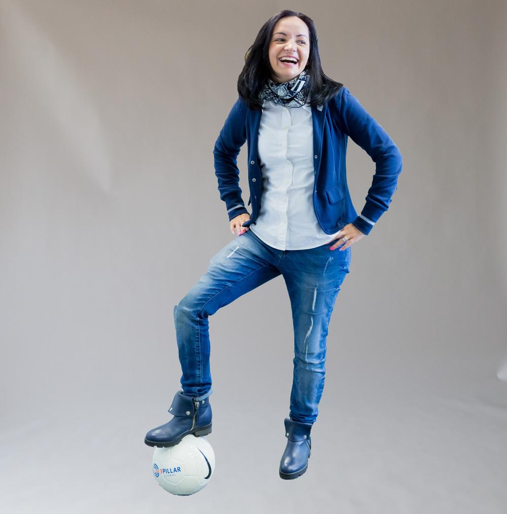raluca_soccer_ball_3.jpg