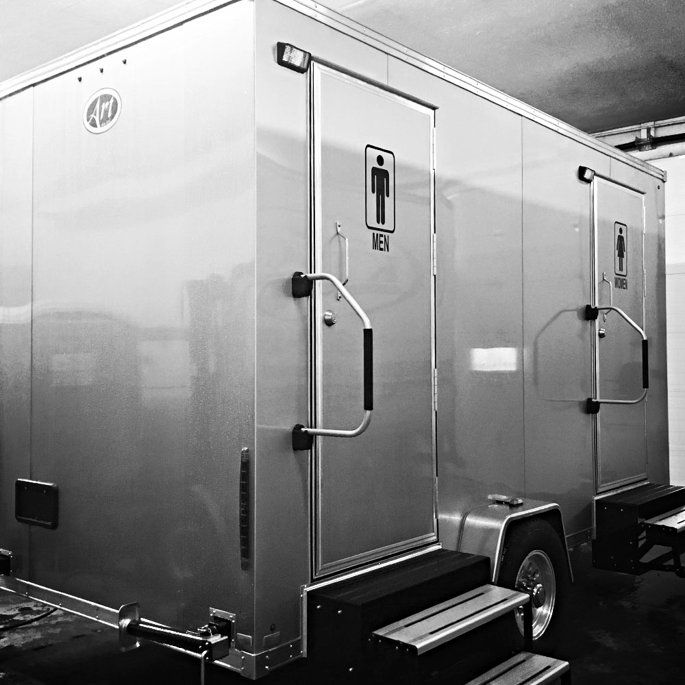 Luxury Restroom Trailer - Outside