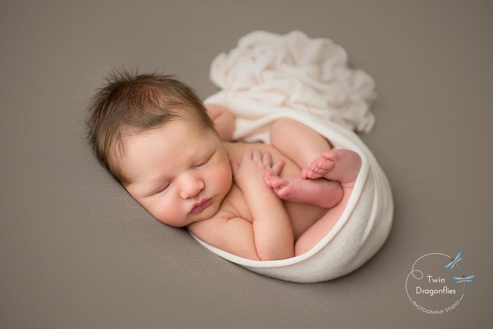 Newborn -17.jpg