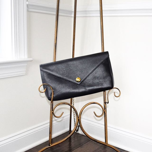 Clean lines —- The FLORENCE Envelope Clutch in Black.