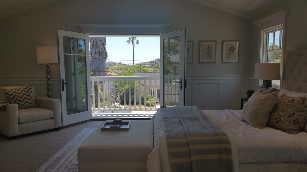 It's hard to see but this master bedroom suite has a view South of the Silver Lake Reservoir. Click to see a larger image.