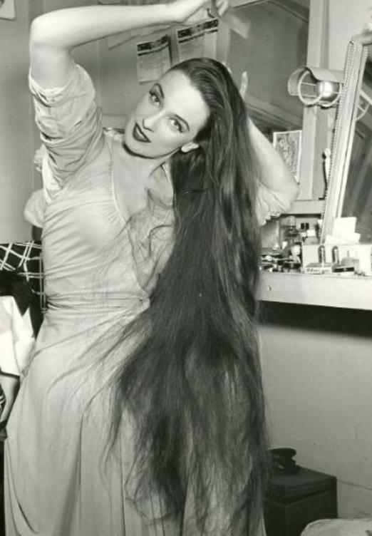 60s nude vintage women