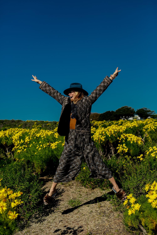 Janet Gunn + The Grateful Gardenia + Natalie Martin + R0AM