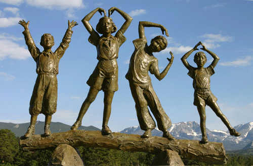 2. YMCA_statue.png