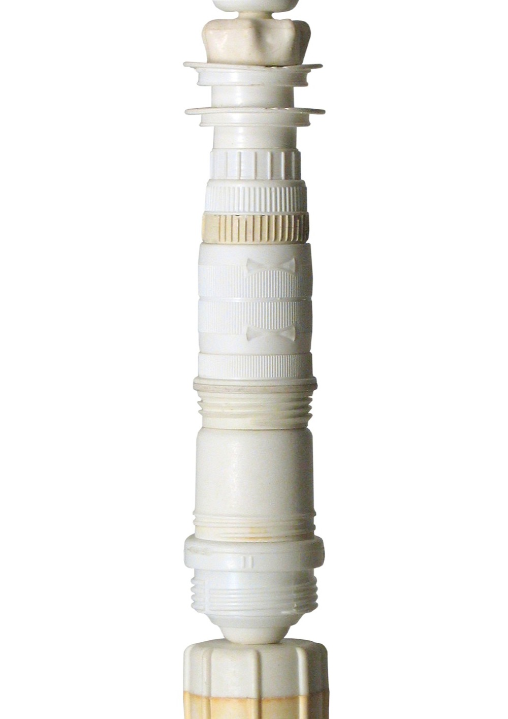 lighthouse-white-middle_copy.jpg