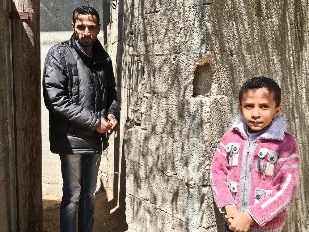 Iyad Yousef Shehata + søn Mohammed Gaza.jpg