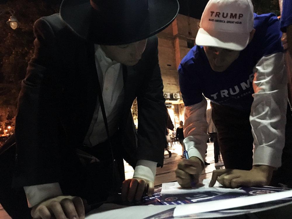 Elizer Roseman w voter in Jerusalem.jpg