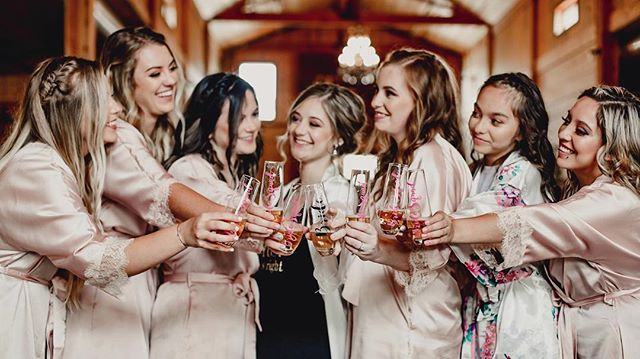 This bride's rustic wedding hits the blog tomorrow! . . . #bridesmaids #cheerstothebride #bridesmaidsrobes #terranycephotography #pnwweddings #tucannoncellers