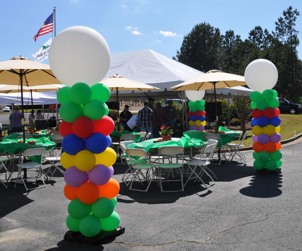 Outdoor balloon decor for a corporate event