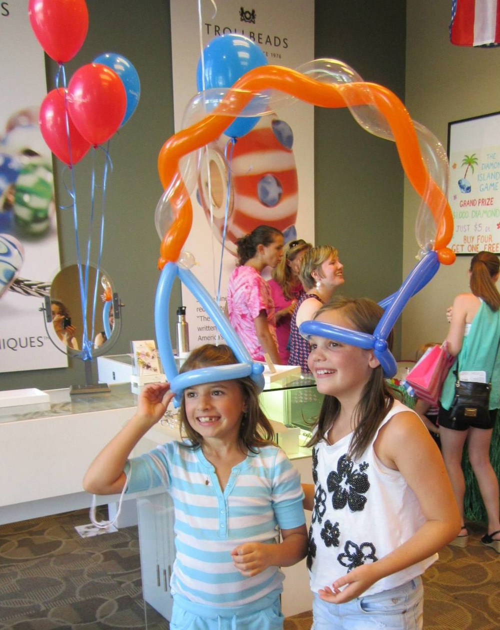 Two person balloon hat