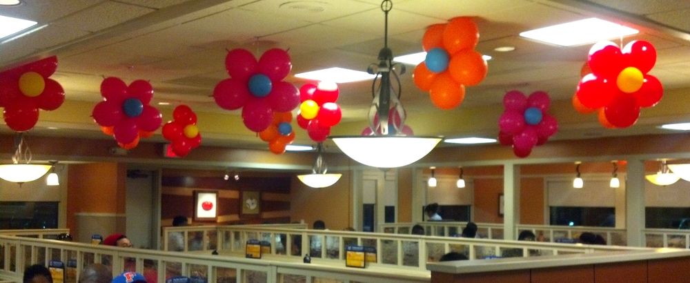 IHOP Mother's Day balloon decorations