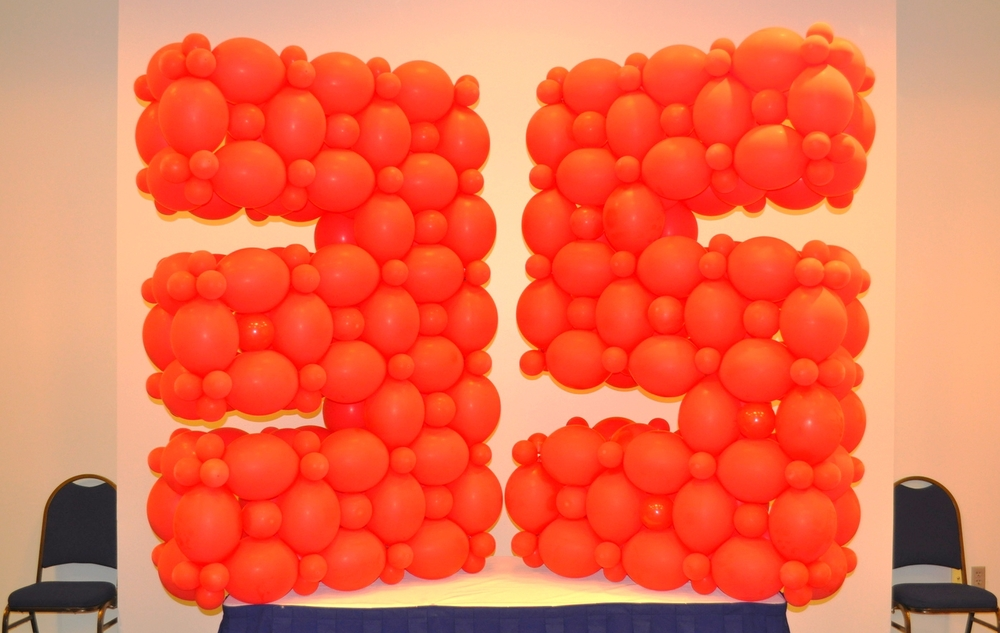 Balloon sculpture to celebrate a corporate 35th anniversary