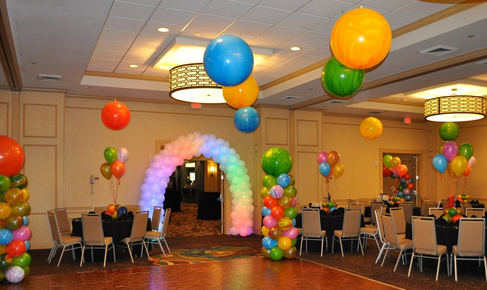 Tie Dye Themed Mitzvah Balloon Decorations