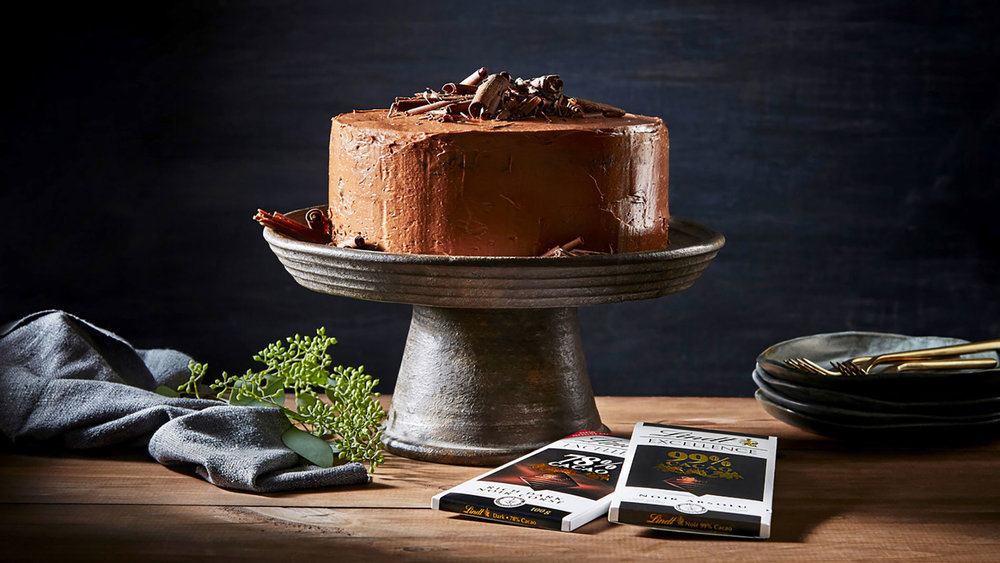 lindt-excellence-hero-recipe-classic-dark-chocolate-cake.jpg