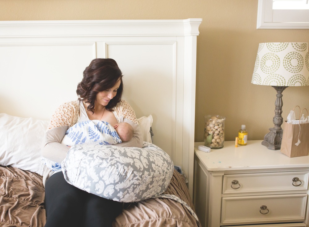 Nursing Mother | Lodi Photographer