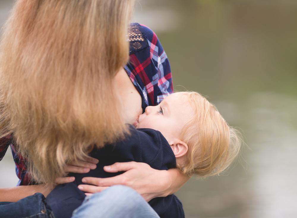 Lodi Breastfeeding photography | Mary Humphrey Photography
