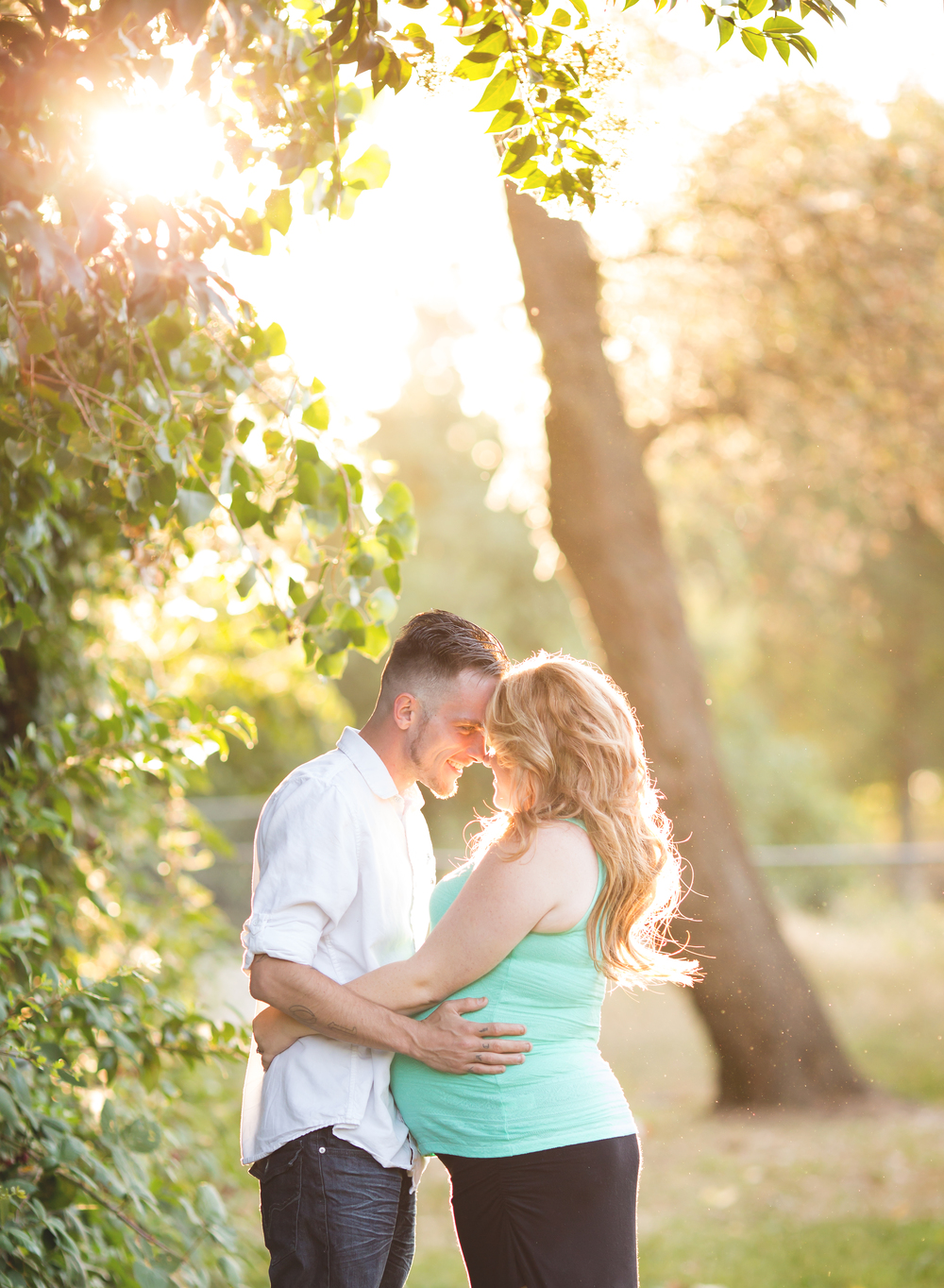 San Joaquin County Maternity Photographer | Lodi Lake | Mary Humphrey Photography