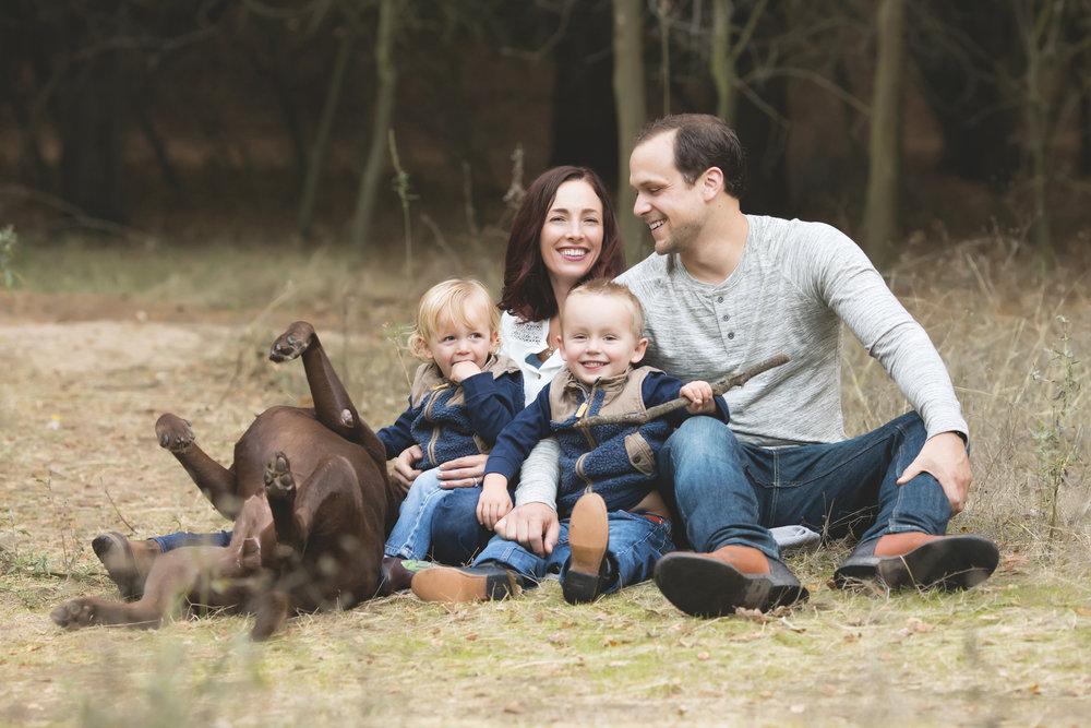 Fall Family Mini Sessions | Mary Humphrey Photography | Stockton, Lodi, Elk Grove |Maternity, Birth, Newborn | Man's best friend